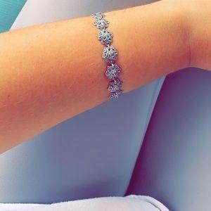 Silver seashell bracelet